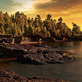 Sunset time @ presque isle  by Sushmita Sadhukhan - Landscapes Waterscapes ( sunset wanter landscape reflection back rock )