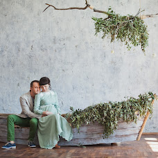 Wedding photographer Yuliya Velibekova (existence). Photo of 24.04.2015