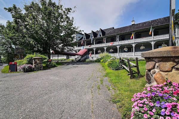Auberge Lakeview Inn
