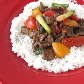 Beef Stir Fry with Tomatoes and Peppers