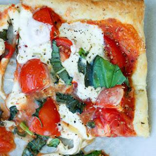 Tomato Basil Mozzarella Puff Pastry Tart Recipe