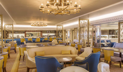 The elegant Carinthia Lounge on Queen Mary 2