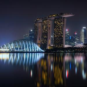 Singapore Skyline at Night@0,5x.jpg