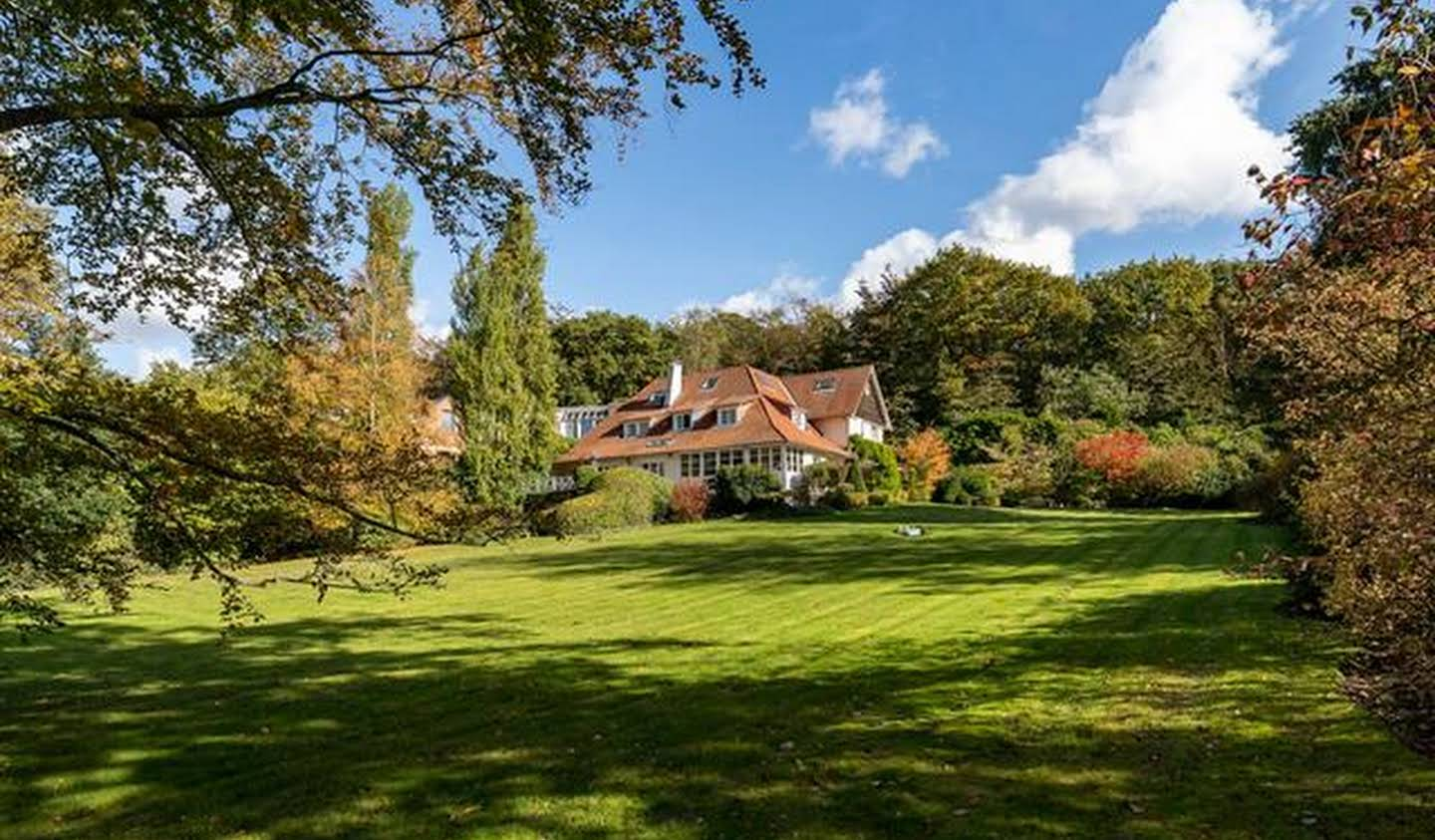 House with pool Uccle