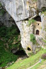 Photo: Tymi drzwiami wchodziliśmy do jaskiń