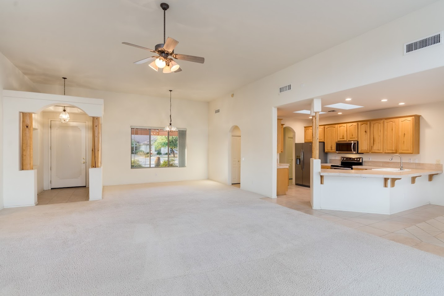 Open floor plan in this Carefree home for sale AZ