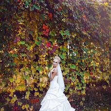 Wedding photographer Sonya Badeeva (SoniaSverchok). Photo of 05.10.2013