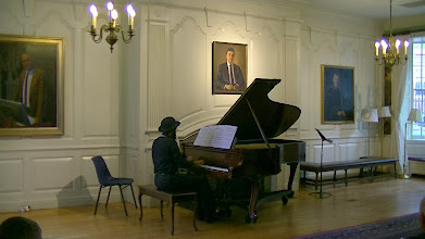 Photo: Anthony Green, pianist and composer,performs SchubertatLowell House, Harvard University