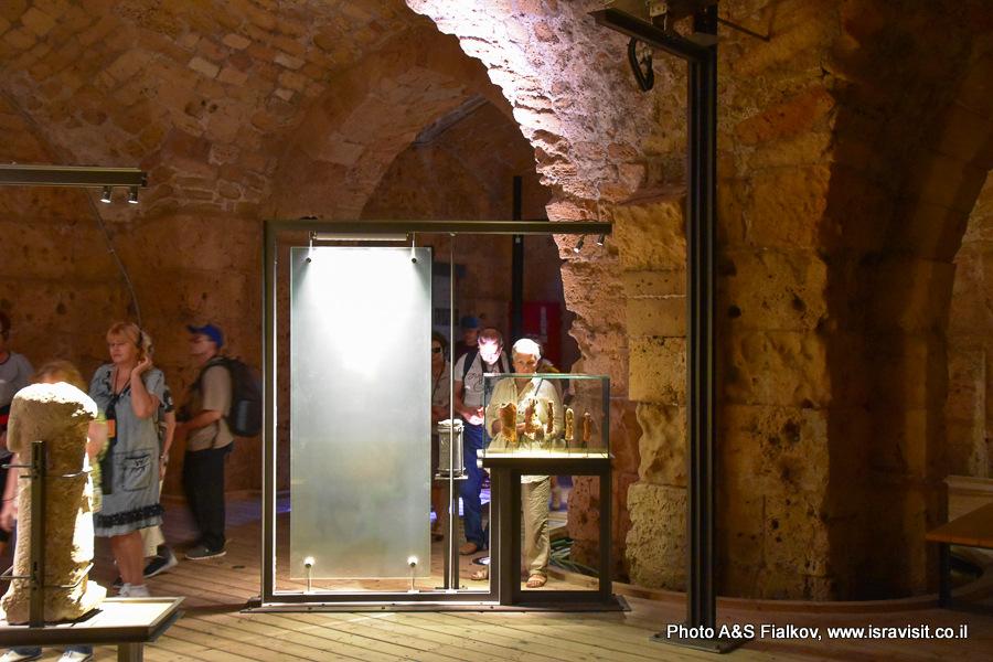 Крепость Госпитальеров в Акко. Археологические экспонаты в рыцарских залах. Экскурсовод Светлана Фиалкова.
