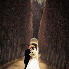 Wedding photographer Anton Goshovskiy (Goshovsky). Photo of 24.10.2016