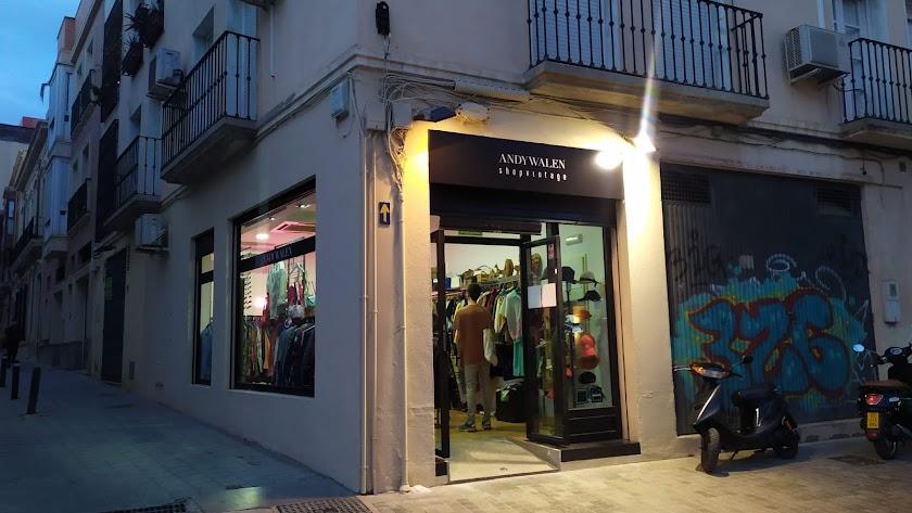 Nuevo comercio en el centro de Almería capital.