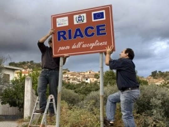 cartello Riace