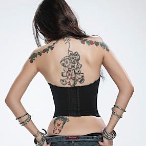 Sarah by Gerico Canlapan - People Body Art/Tattoos