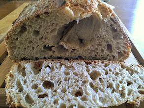 Photo: Tiens, je crois que la souris de +Véronique VIGNERON-MASSON est venue jusqu'en Bretagne manger mon pain de l'interieur