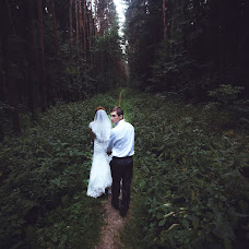 Wedding photographer Evgeniy Moldovanyuk (Moldowano). Photo of 02.10.2014
