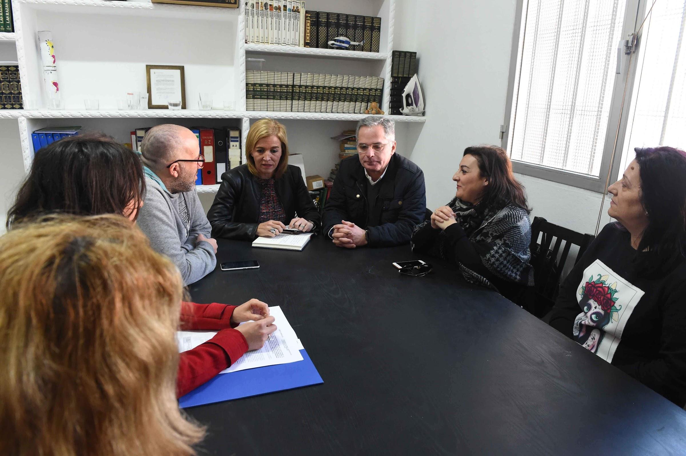 Se informa a los vecinos de San José Artesano sobre el proyecto de rehabilitación de la zona