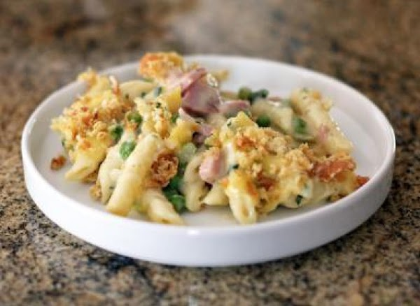 Penne Pasta With Ham And Peas. Recipe