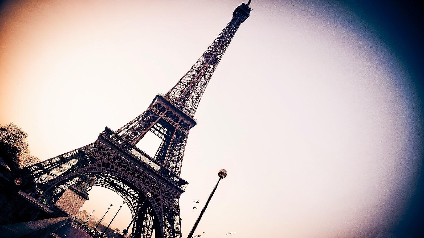 Символ Франции - Эйфелева башня