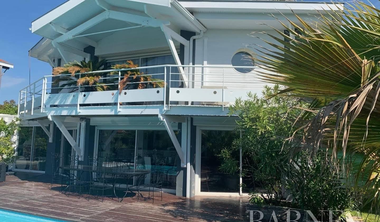 Villa avec jardin et terrasse Lanton