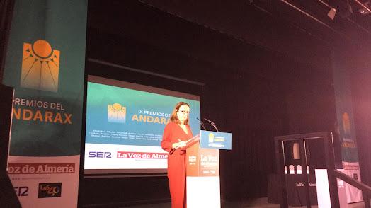 La subdirectora de LA VOZ, Antonia Sánchez Villanueva, abre la gala.