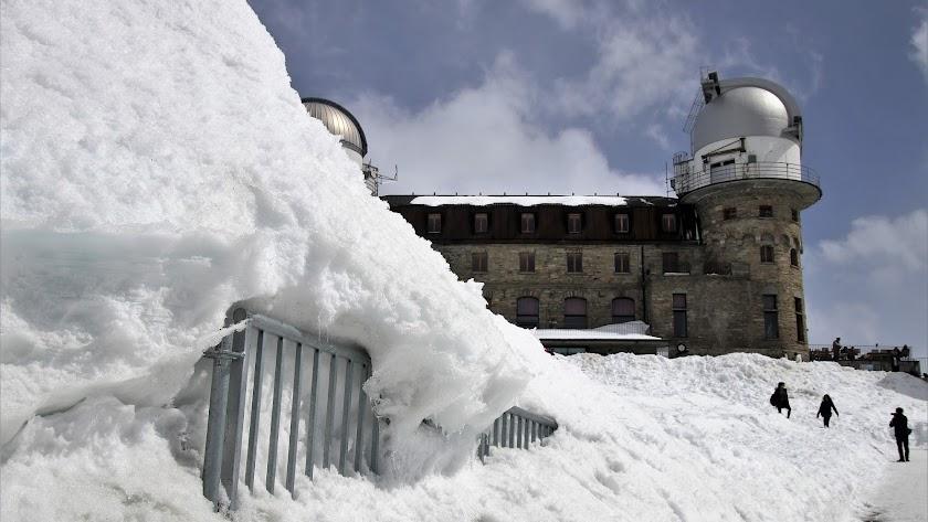 Escala bebido una montaña de los Alpes cuando trataba de llegar a su hotel
