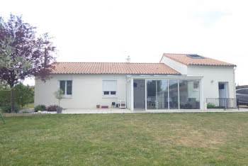 maison à François (79)
