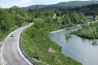 Photo: de rivier de Tanaro met klein strandje