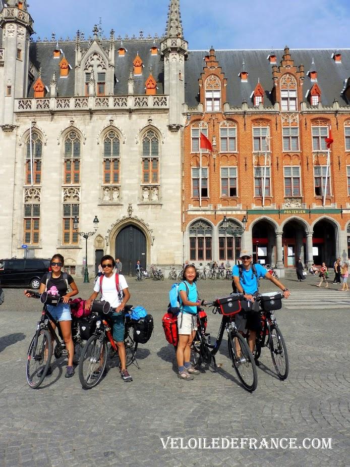 L'Arrivée à Bruges - Blog LF1 : La véloroute de la Mer du Nord d'Amsterdam à Bruges par veloiledefrance.com