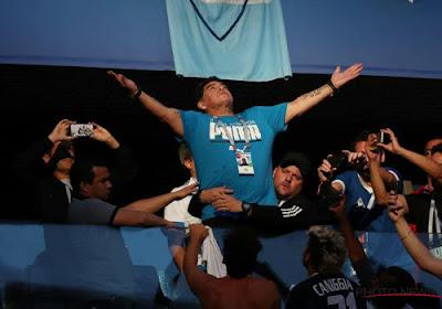 Maradona veut la place de Sampaoli et est prêt à faire un sacrifice pour y arriver