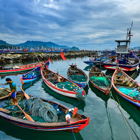 tradisional fisherman boat by Hery Sulistianto - Transportation Boats
