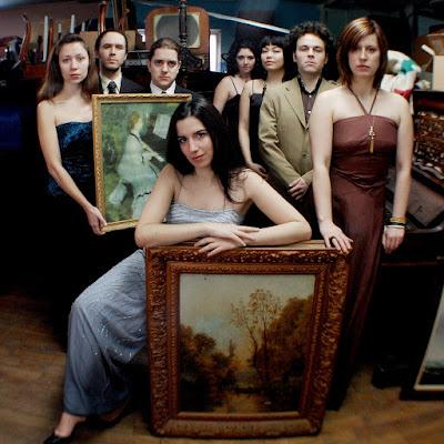 Opera for voyeurs: Opera Peep Show
