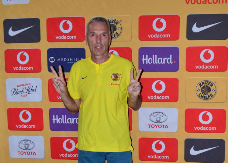 Amakhosi chairman Kaizer Motaung has explained the return of Ernst Middendorp as the team's coach