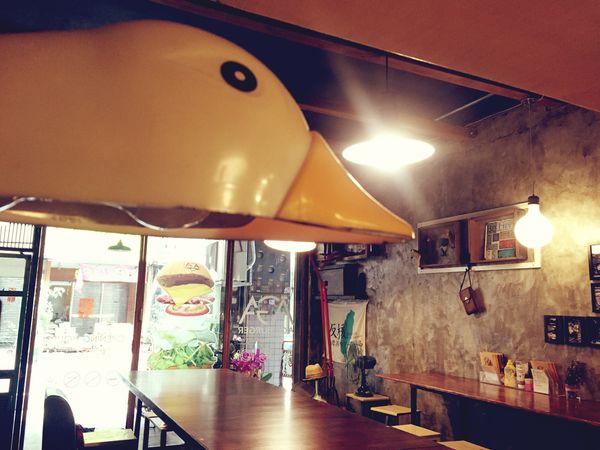 AGA Burger  彰化 返鄉的游子的夢想