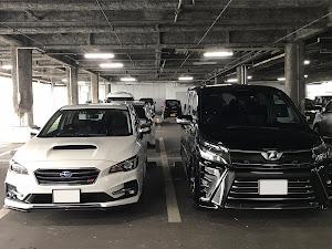 ヴォクシー ZRR80W 2WD ZS 7人乗りのカスタム事例画像 ○ノーマルからの〜さんの2018年11月04日18:54の投稿