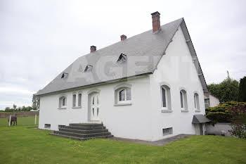 Maison 6 pièces 230 m2
