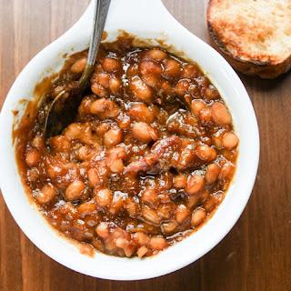 Slow Cooker Baked Beans- Boston Baked Beans.