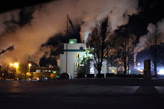 Photo: Paper mill near Thurso