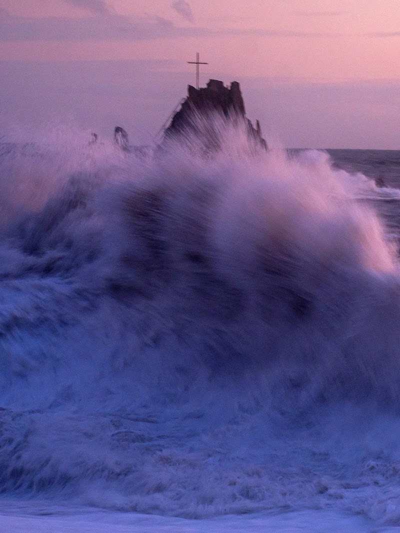In mezzo alla spuma del mare di LucaMonego