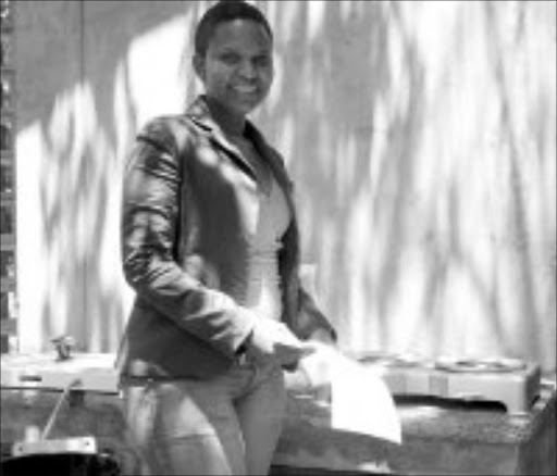 GOOD ALTERNATIVE: Dorah Lebelo, director of the Greenhouse Project, with some of the bio-fuel cookers.Inset: A parabolic solar cooker at the Greenhouse Project, which sells for R1800. Pic. Siyabonga Africa. 07/02/08. © Sowetan.