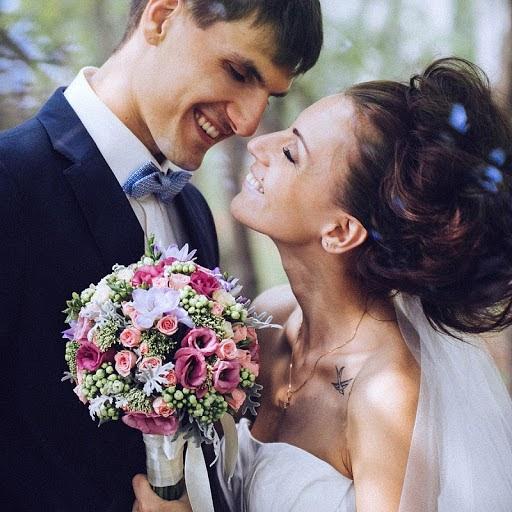 Wedding photographer Vasiliy Tikhomirov (BoraBora). Photo of 31.10.2013