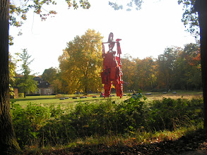 Photo: We verlaten de beeldentuin bij 'Kasteel Nijenhuis' wat deel uitmaakt van Museum De Fundatie.