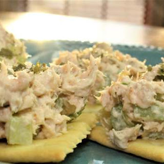 Easy Canned Salmon Salad #Recipe.