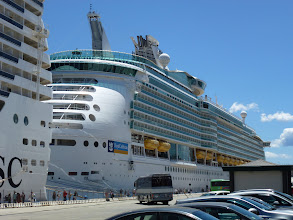 Photo: 1st photo of our cruise ship Mariner of the Seas, ranked 9th in the world in terms of tonnage.