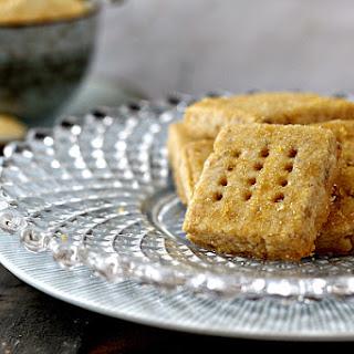 Caramel Walnut Shortbread Cookies