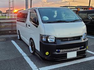 ハイエース TRH200V SUPER GL 2018年式のカスタム事例画像 keiji@黒バンパー愛好会さんの2020年08月31日21:59の投稿