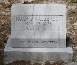 Photo: Noah Jackson Raulerson son of John Milledge Raulerson and Serena Catherin Yarbrough / Husband of 1. Sarah J Dowling 2. Malinda Rhoden daughter of Riley Rhoden and Susetta Altman