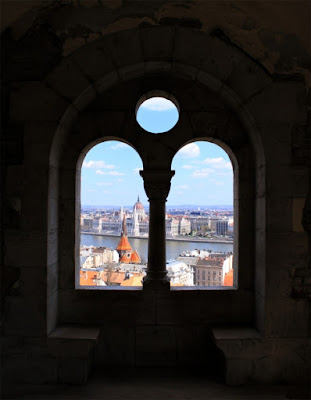 Budapest di Dharma11