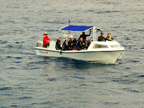 Photo: #022-Deux bateaux de plongée du Sea Hunter. Cocos 2010