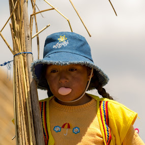 Chew by Hezi Shohat - Babies & Children Child Portraits ( titicaca )