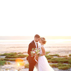 Wedding photographer Yuliya Volkova (JuliaElentari). Photo of 11.08.2015